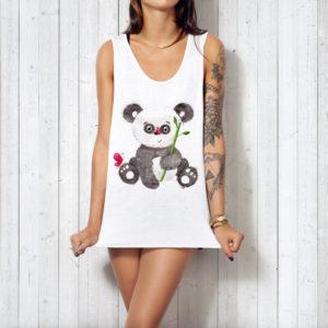 Дизайн футболки с пандой